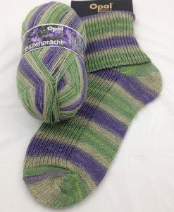 Opal Blutenpracht (Flower Blossom) 9115 Mannertreu (Lobelia) sock / glove knitting yarn