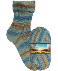 Opal Sunrise 9444 Schönheit des Himmels (Beauty of Heaven) 4-ply sock / glove knitting yarn
